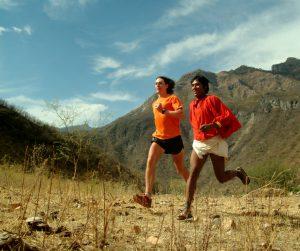 Tarahumarové zrozeni k běhu