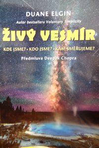 Kniha Živý vesmír od Duana Elgina