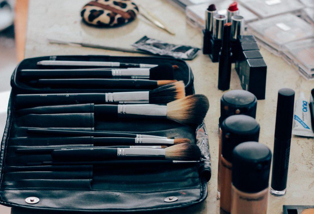 akné a kosmetický průmysl, tradiční činská medicína a akné