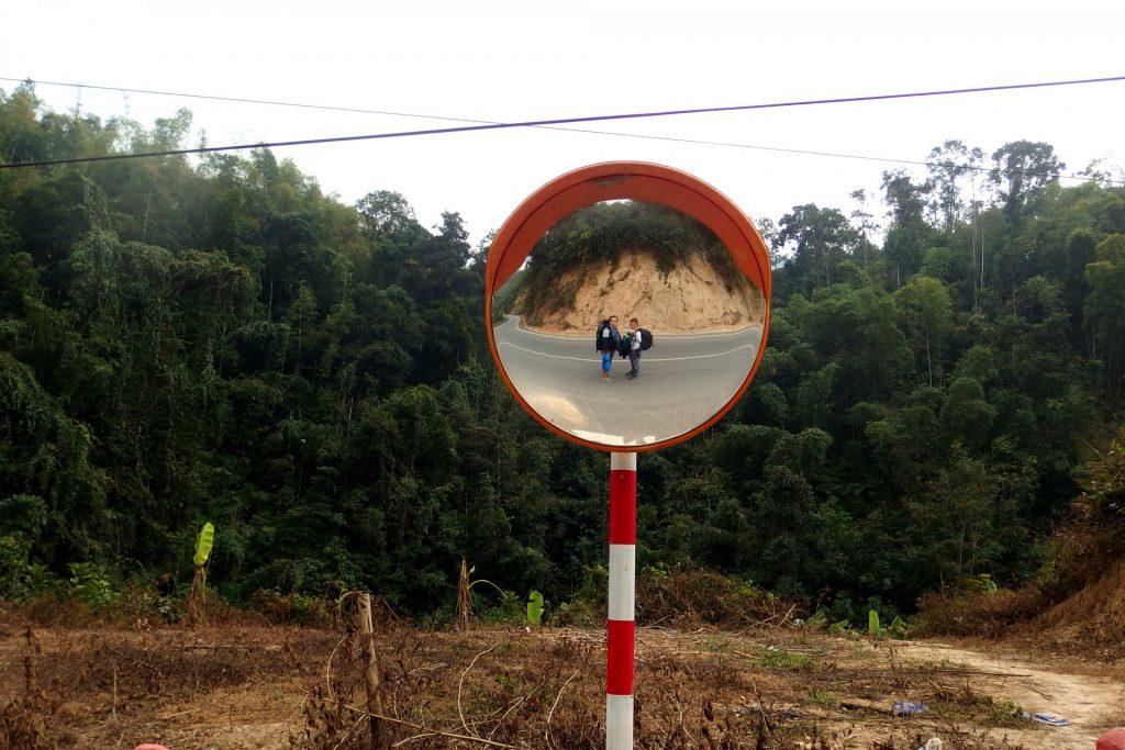 z Vietnamu do Laosu