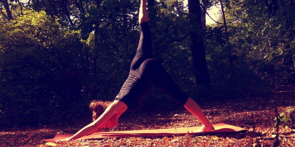 Jóga zpohledu moderní vědy: víte, jak vám může pomoct vaše lekce jógy?