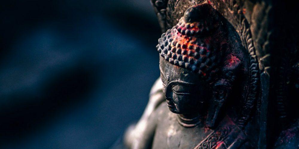 Příběh Vipassany: jak se meditace, která umožňuje prožít základní pravdu přírody, rozšířila z Indie do celého světa