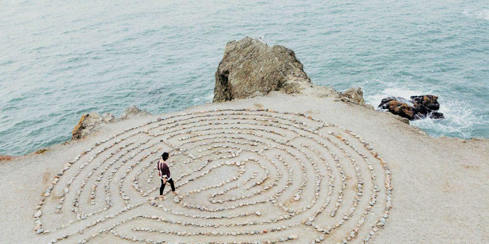 Rozhodování na základě identity – způsob, jak dělat v životě rychlá a správná rozhodnutí, které nebudete litovat.